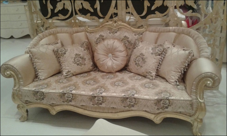 Superbe Casablanca Sofa Set